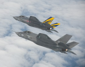 F-35C JSF formation