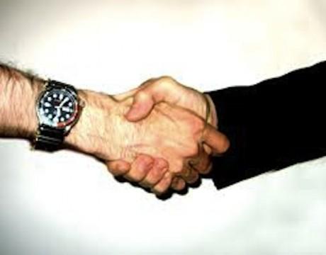 MC-NS-shaking hands