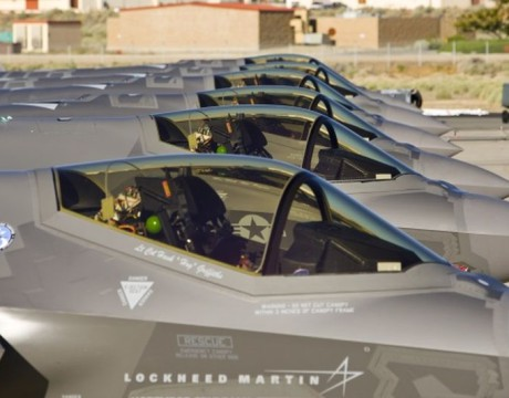 F-35s in a line