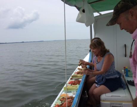 Cap'n Jack serves hard crabs