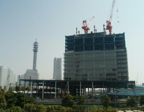 NISSAN_New_Headquarters_Building(Under_construction_in_Apr_in_2008)