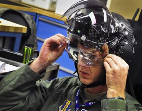 Problems Remain for F-35 JSF Helmet