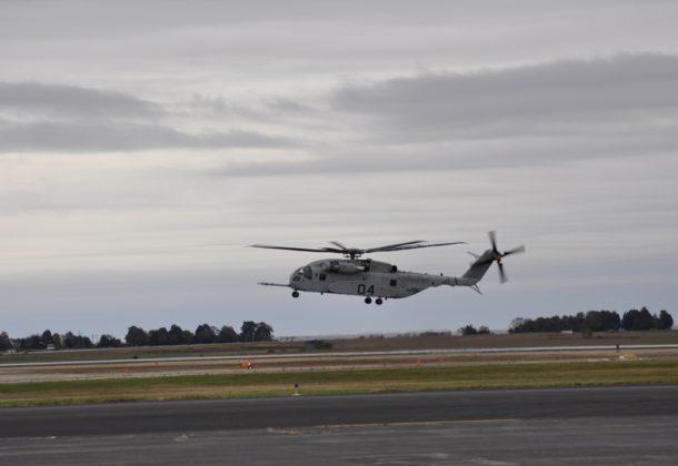7b71de14b2c NAVAIR Hosts CH-53K Test Flight LexLeader